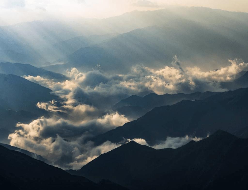 Mây núi Tà Chì Nhù