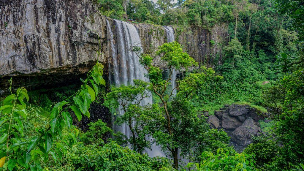 Trekking và khám phá vẻ đẹp tiên cảnh của thác K50