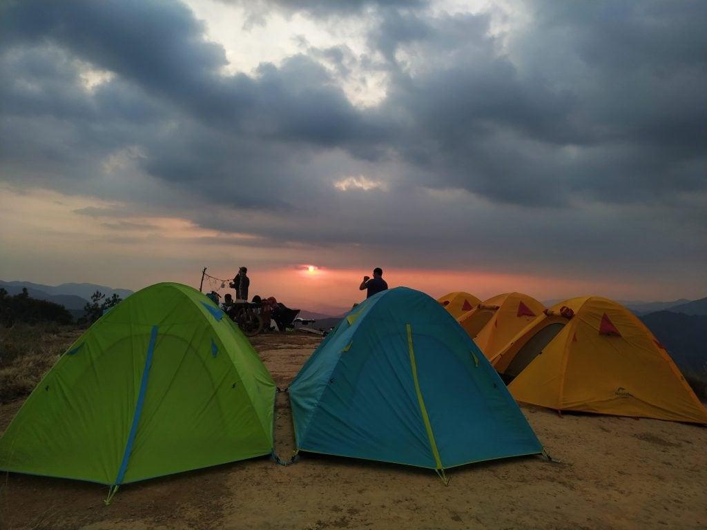 Cắm trại trên cung đường trekking Tà Năng - Phan Dũng