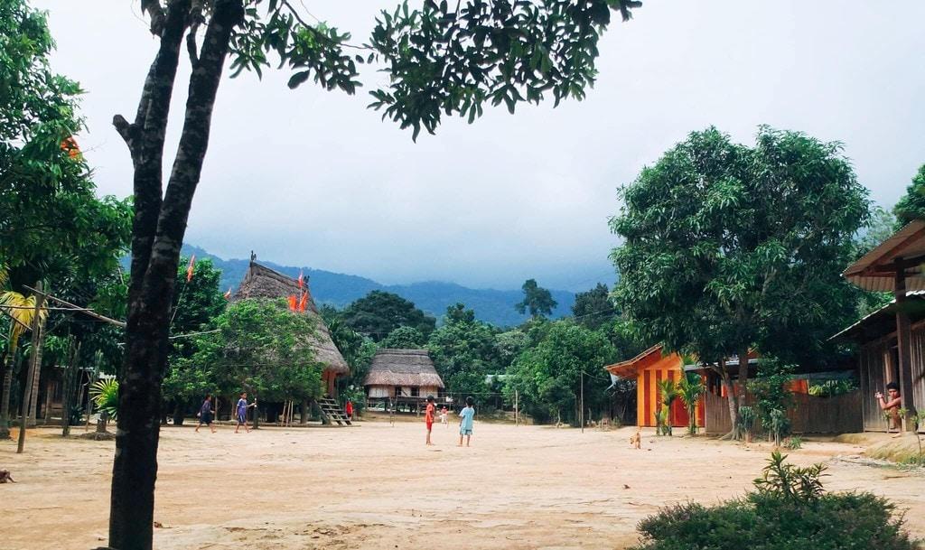 Khám phá làng Aur - ngôi làng của Thần Rừng