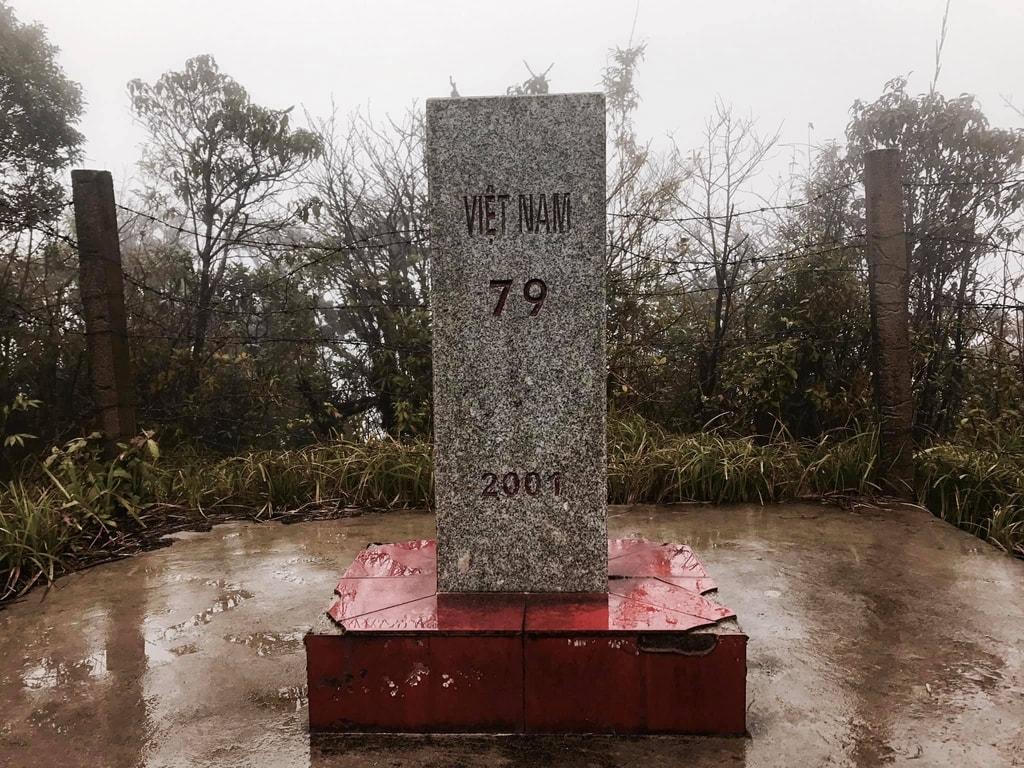 Thiêng liêng cột mốc biên giới 79 của Việt Nam