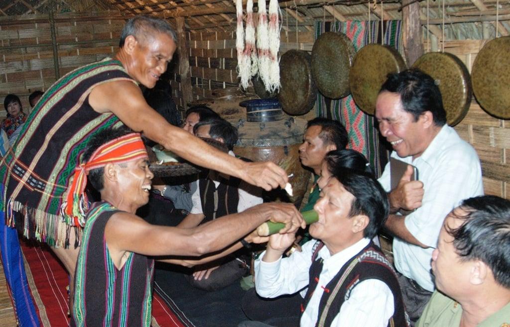 Những lễ hội độc đáo của người Mạ