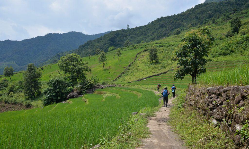 Tour trekking leo núi chinh phục khám phá Pờ Ma Lung