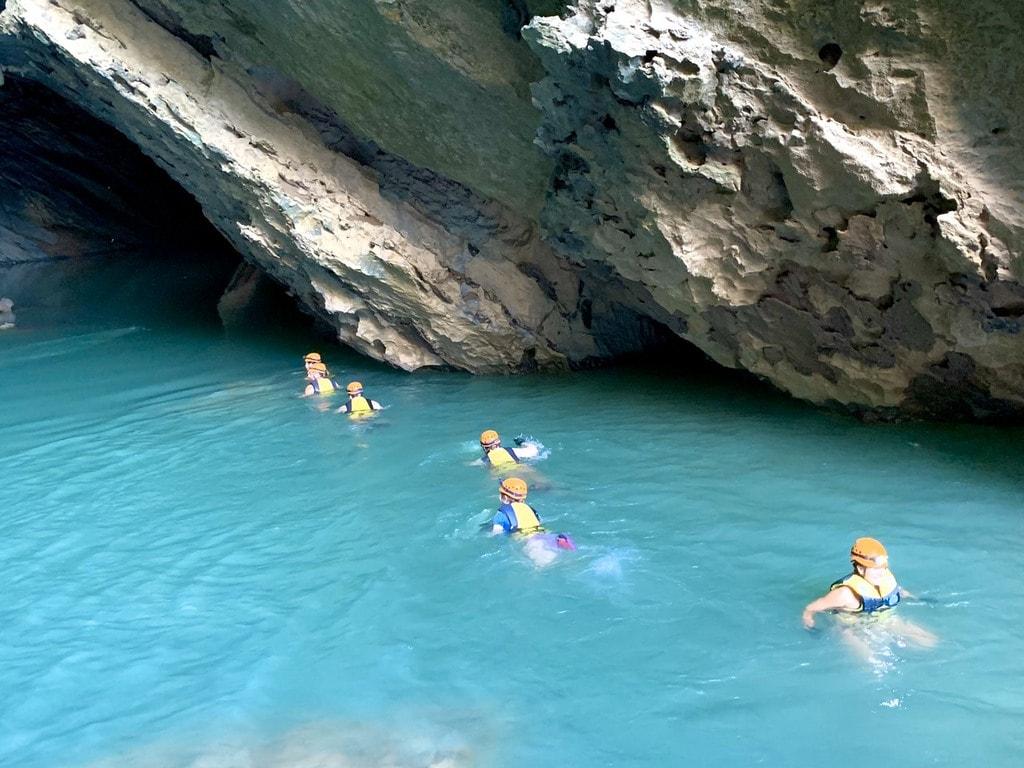 Thám hiểm vẻ đẹp thung lũng Ma Da, Quảng Bình