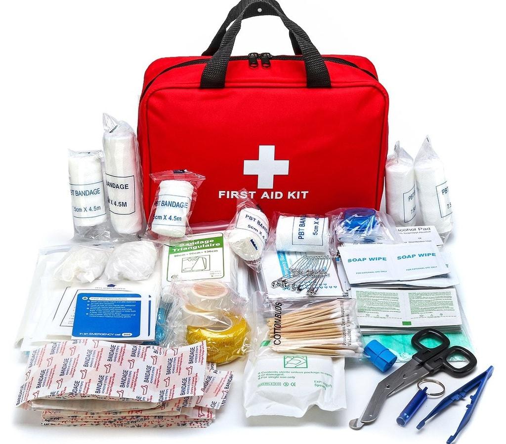 Khi đi trekking, trong túi sơ cứu cần có gì?