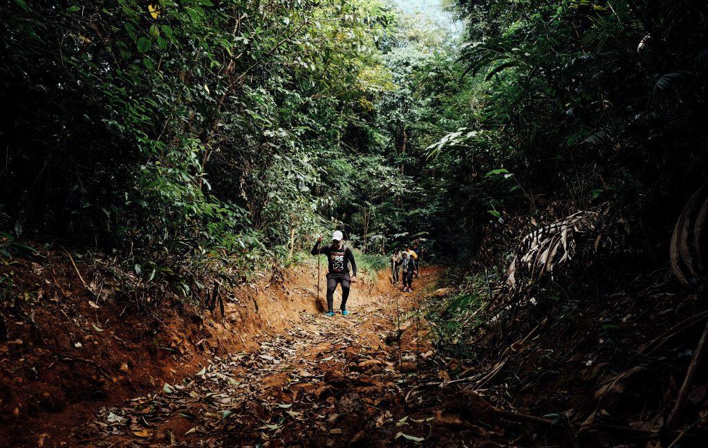 Tour trekking chinh phục khám phá thác Lưu Ly
