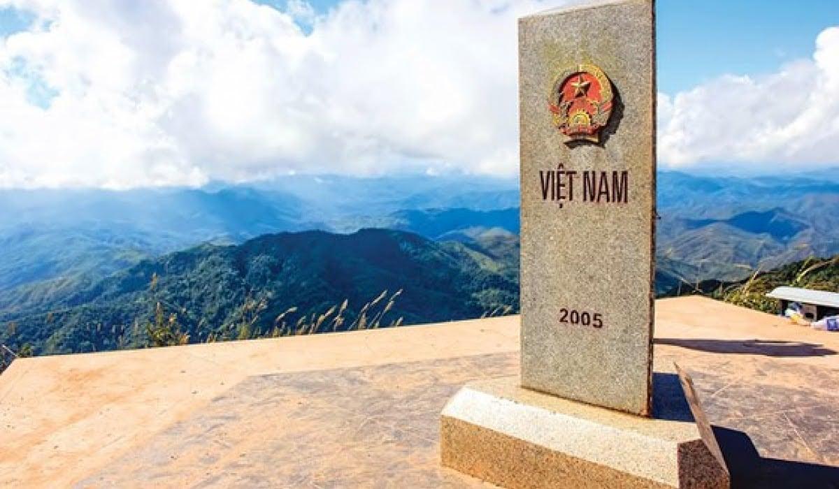 Chinh phục những cột mốc biên giới của Việt Nam