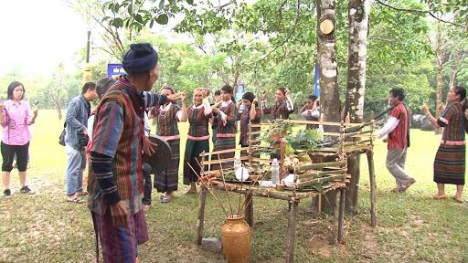 Lễ hội của dân tộc Bru - Vân Kiều