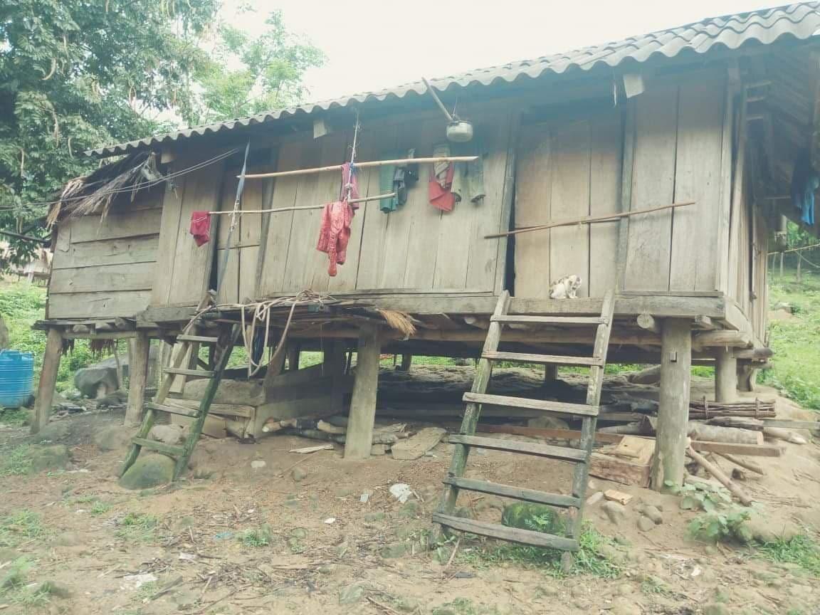 Nhà ở của người Chứt