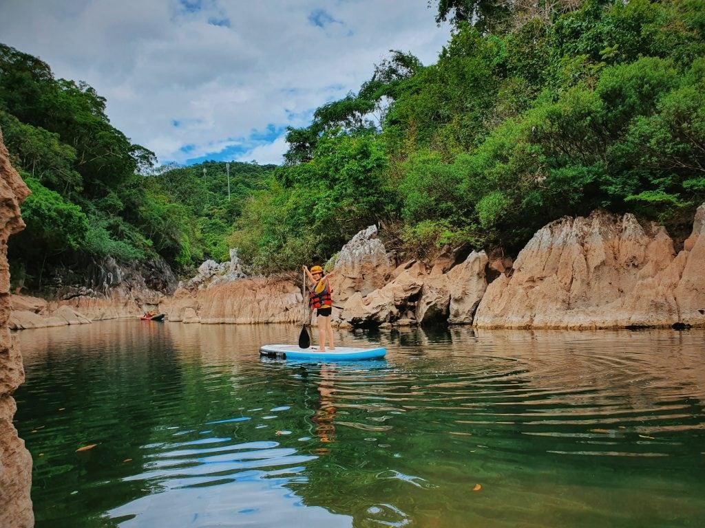 Tour trekking chinh phục khám phá hang Giếng Voọc