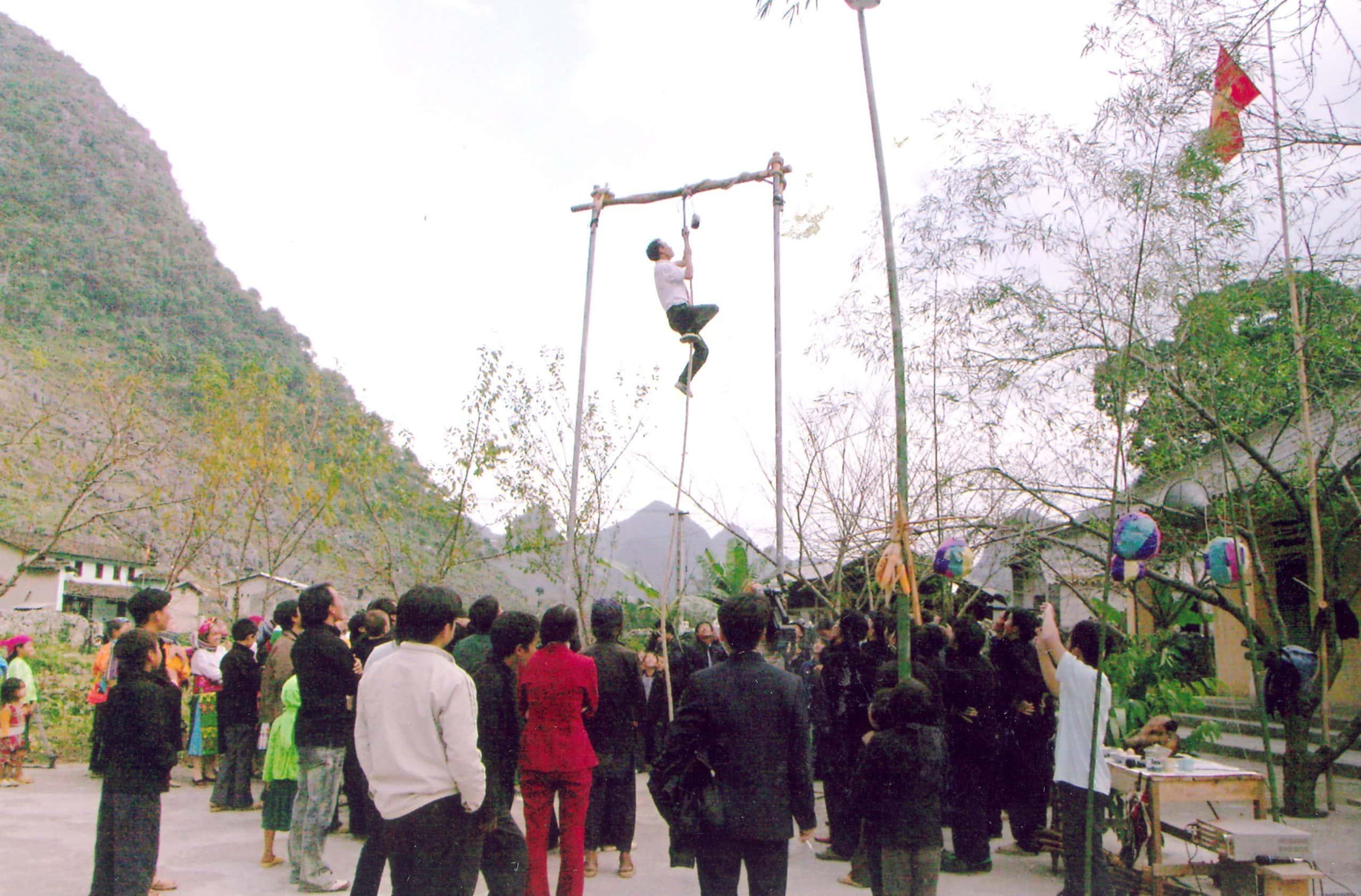 Các hoạt động thú vị ở lễ hội Gầu Tào
