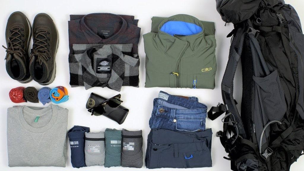 Hướng dẫn cách gấp quần áo cho chuyến trekking