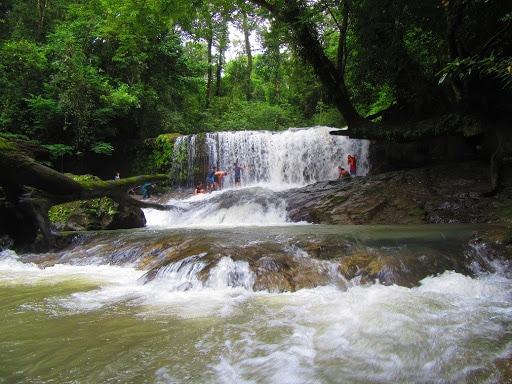 Tour trekking khám phá thác Lưu Ly 2 ngày 1 đêm
