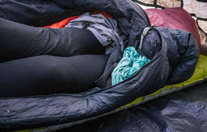tấm lót túi ngủ