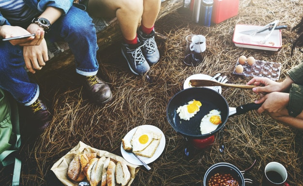 cắm trại qua đêm