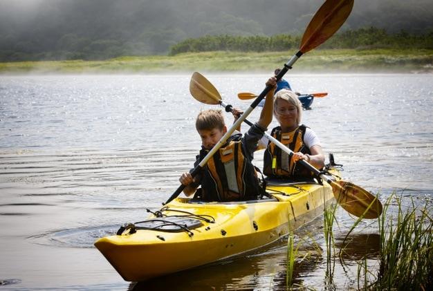 chèo thuyền Kayak với trẻ nhỏ