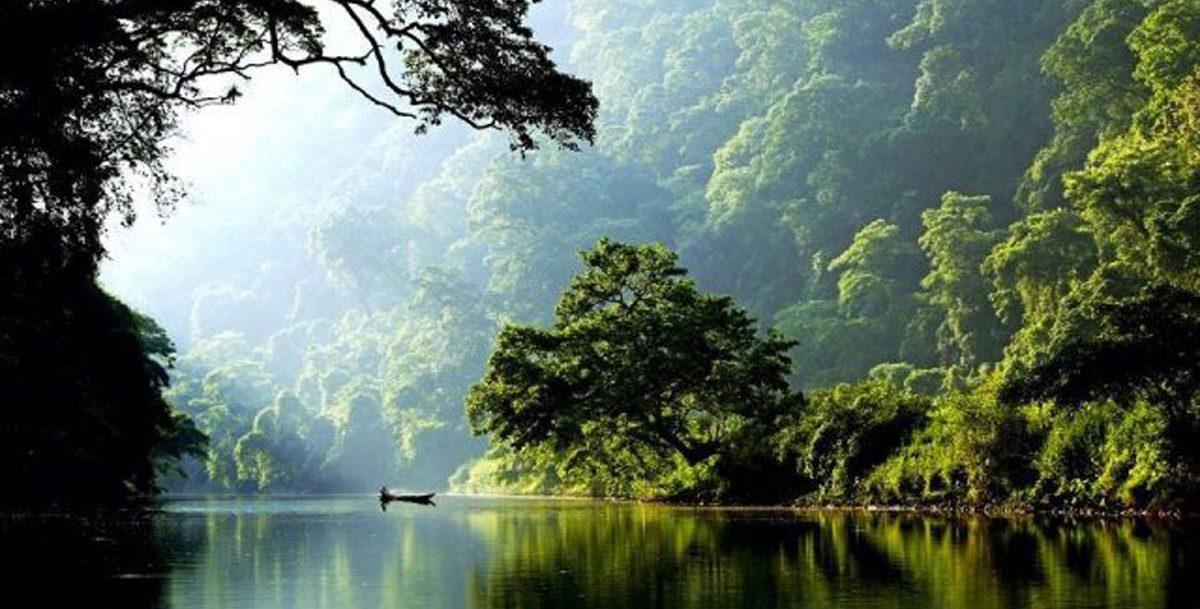 Vườn quốc gia hồ Ba Bể - viên ngọc xanh giữa núi rừng Đông Bắc