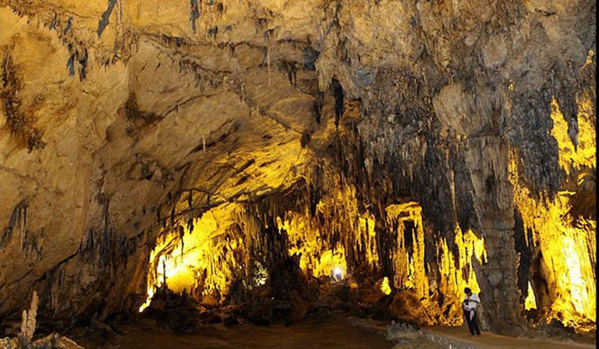 Khám phá hệ thống hang động vườn quốc gia Ba Bể