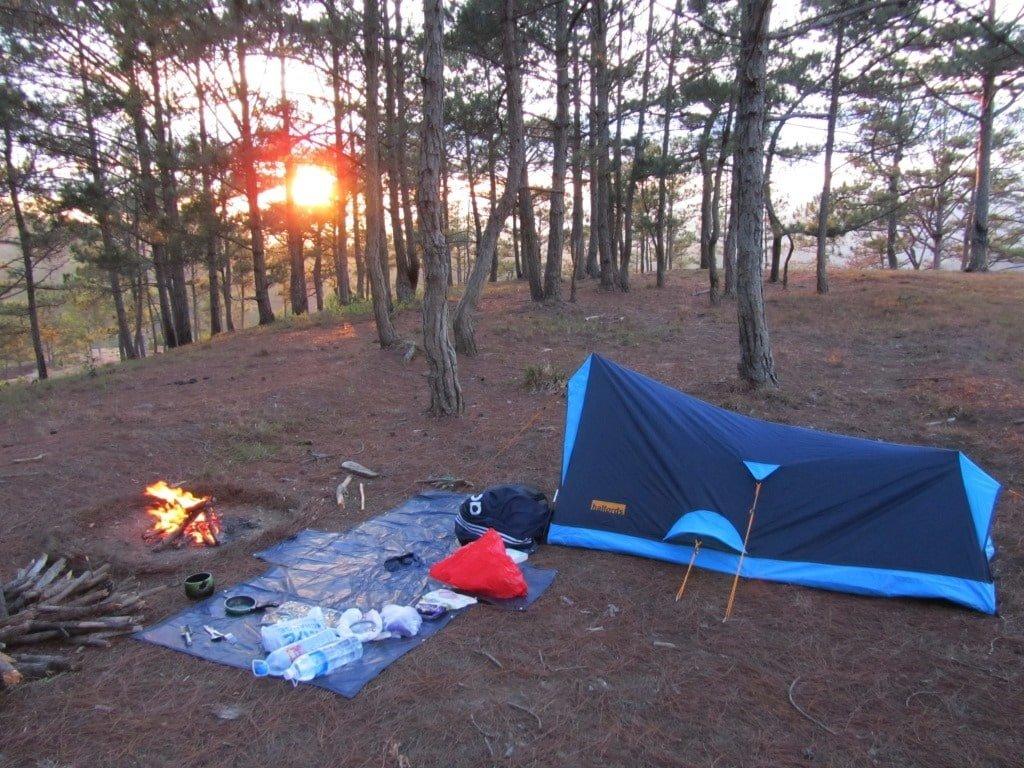 Kinh nghiệm cắm trại Hồ Tuyền Lâm chi tiết từ A-Z