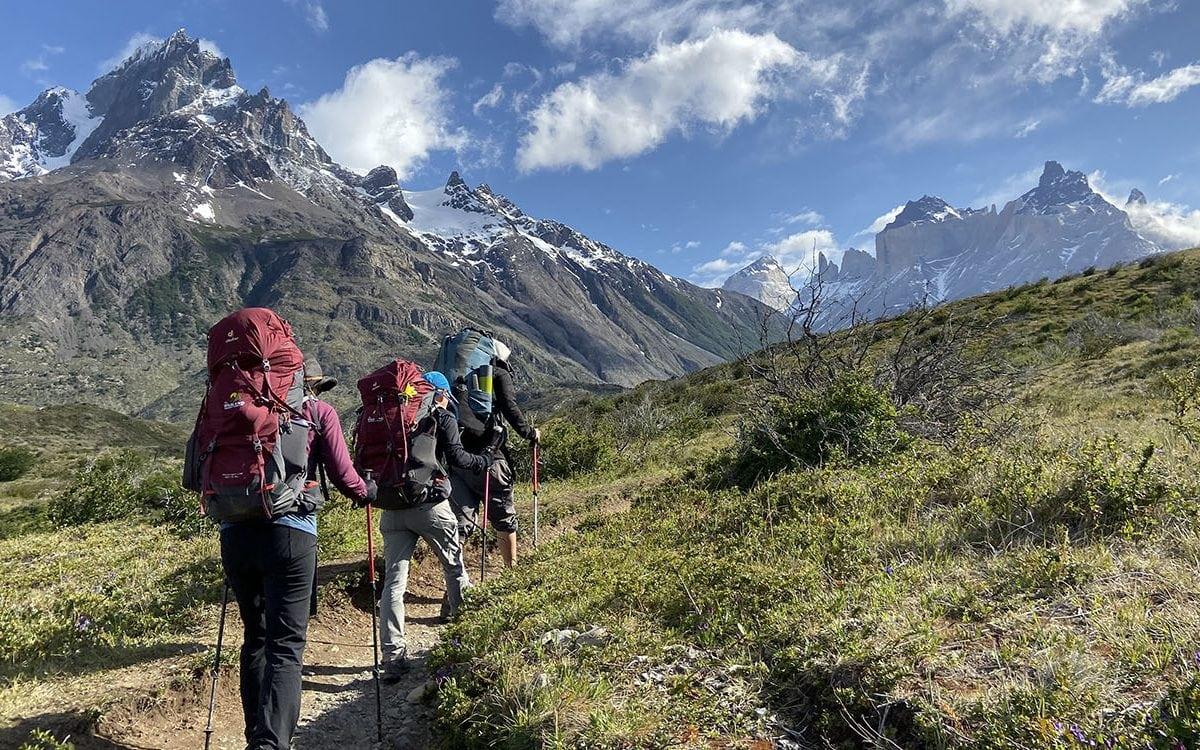 Kinh nghiệm đi trekking chi tiết từ A-Z